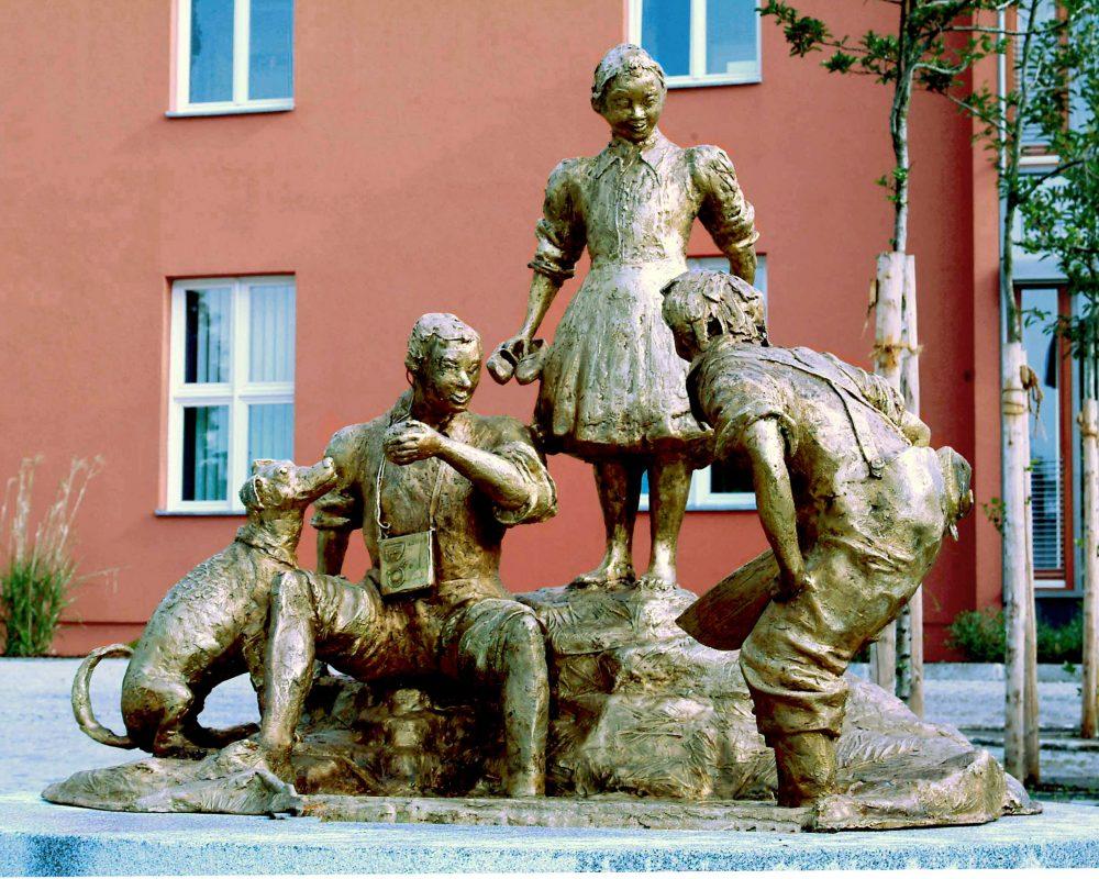 Kinderbrunnen (2004) der Jungenfürsorge Eggenfelden